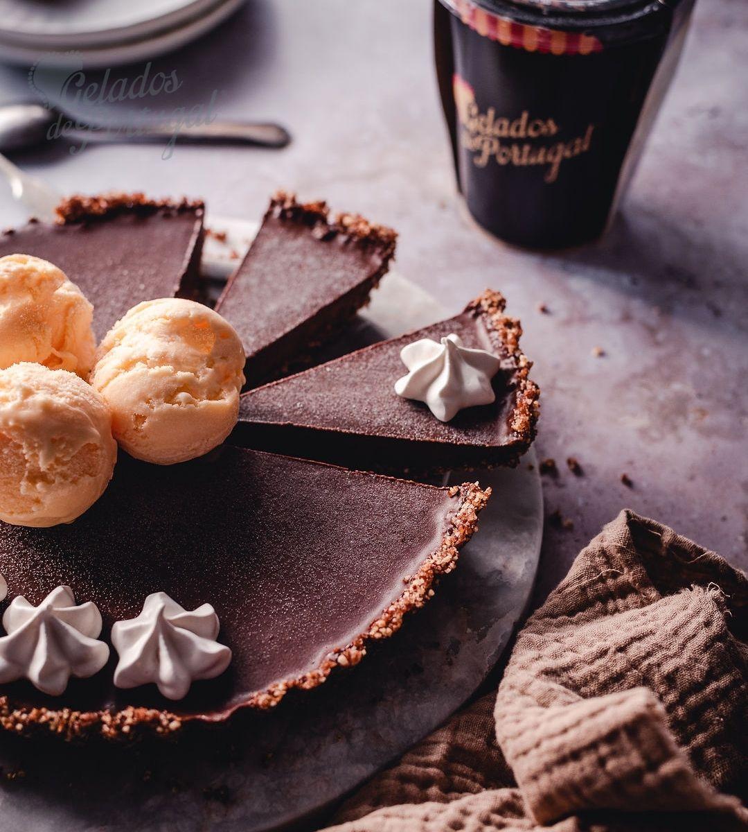 Tarte Saudável de Chocolate com Gelado de Leite Creme
